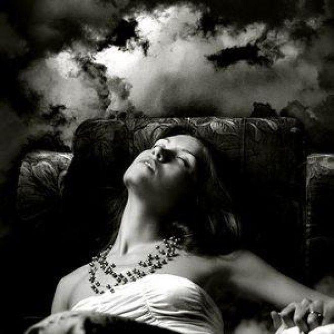 Одно утешает, что такой сон не обещает и страшных трагедий, – он всего-навсего предупреждает, что в ближайшее время вам предстоит побегать по госучреждениям – пресловутым «инстанциям», чтобы решить проблему.